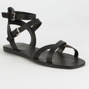 NWOB DOLCE VITA  sandal